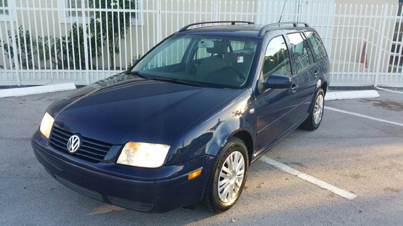 2003 Volkswagen Jetta for sale at UNITED AUTO BROKERS in Hollywood FL