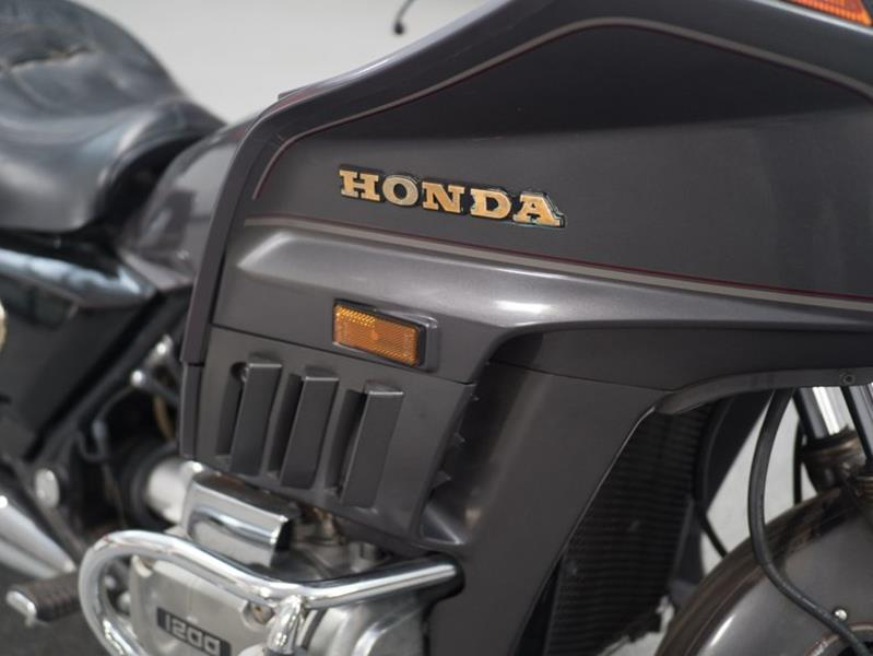 1987 Honda Goldwing (image 3)