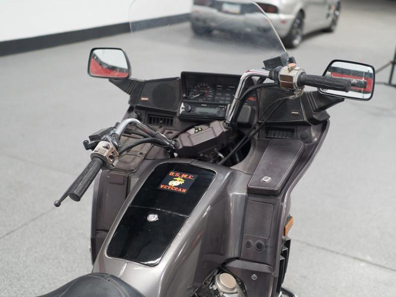 1987 Honda Goldwing (image 22)