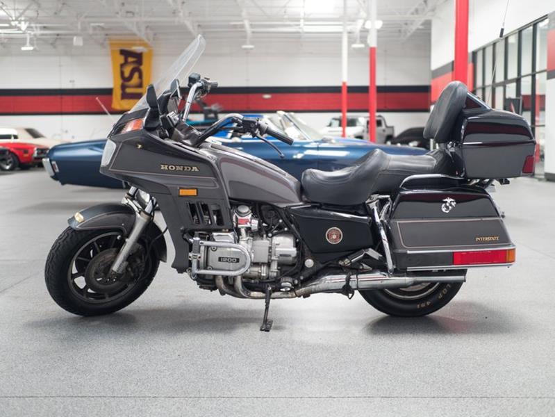 1987 Honda Goldwing (image 28)
