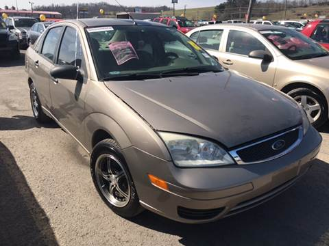 2005 Ford Focus for sale at Trocci's Auto Sales in West Pittsburg PA