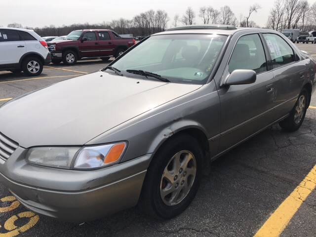 1999 Toyota Camry for sale at Trocci's Auto Sales in West Pittsburg PA