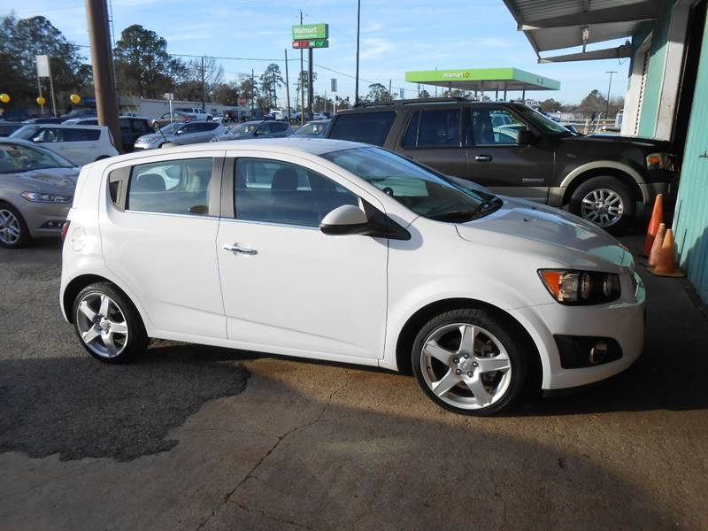 platinum pa chevrolet carlisle in hatchback sonic veh rs auto