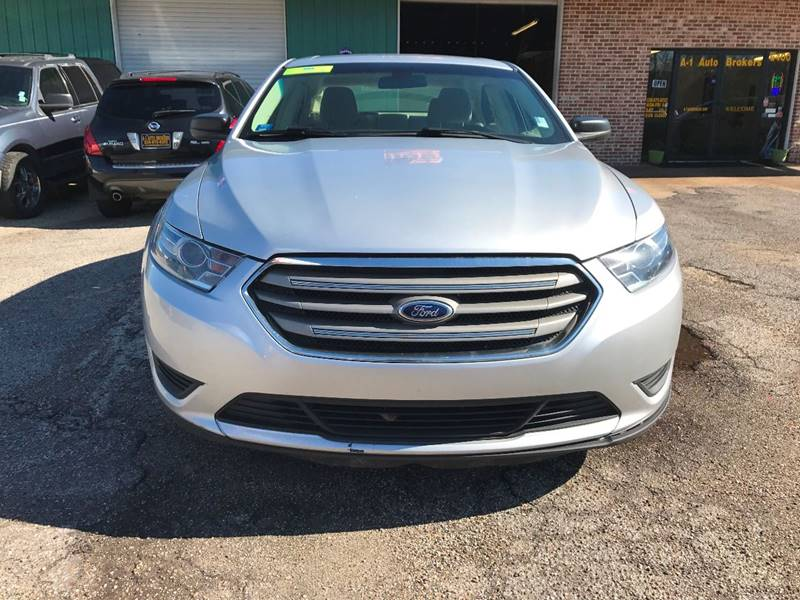 2015 Ford Taurus SE 4dr Sedan - Ocean Springs MS
