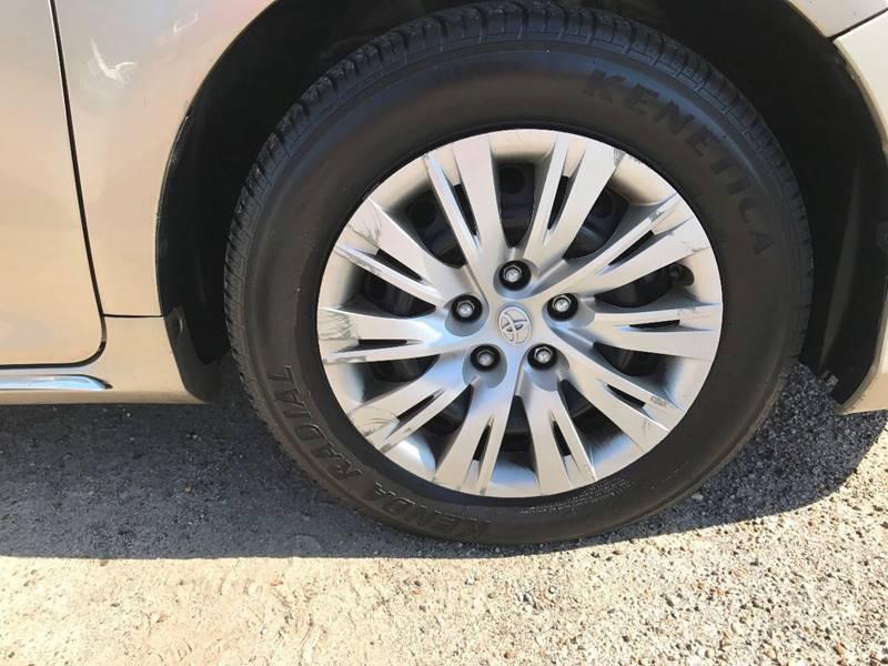 2013 Toyota Camry LE 4dr Sedan - Ocean Springs MS