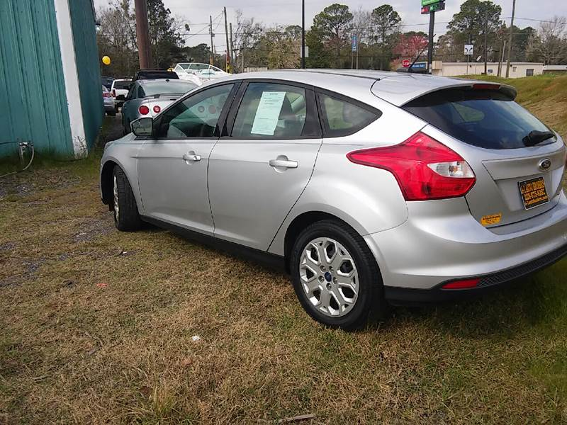 2012 Ford Focus SE 4dr Hatchback - Ocean Springs MS