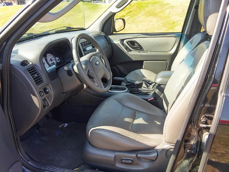 2006 Ford Escape XLT 4dr SUV w/3.0L - Ocean Springs MS