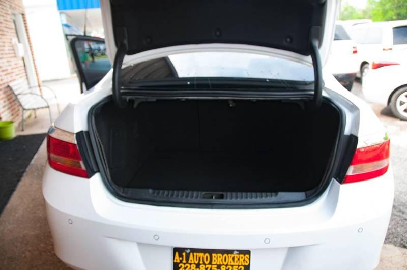 2013 Buick Verano Leather Group 4dr Sedan - Ocean Springs MS