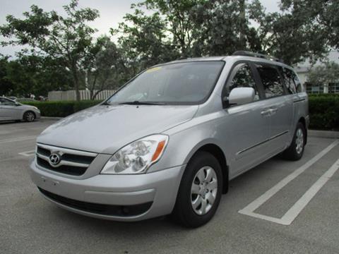 2008 Hyundai Entourage for sale in Miami, FL