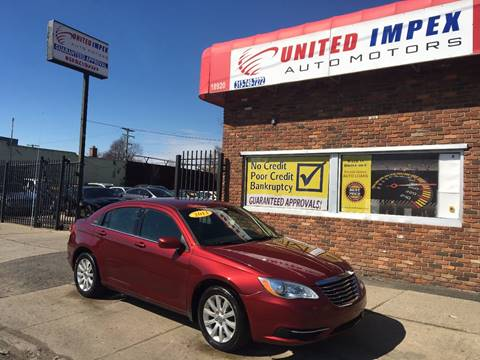 2013 Chrysler 200 for sale in Detroit, MI