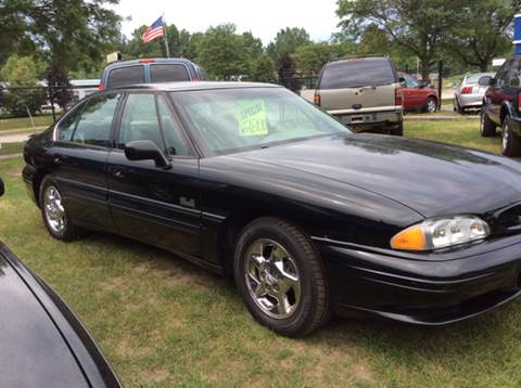 1998 Pontiac Bonneville for sale in Pontiac, MI