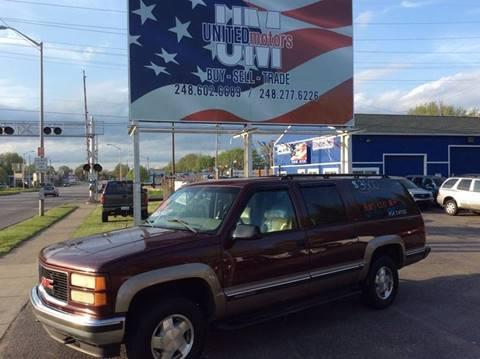 1999 GMC Suburban for sale in Pontiac, MI