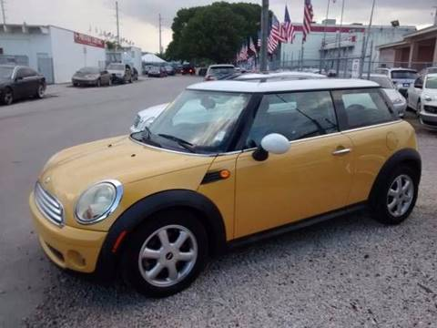 2009 MINI Cooper for sale at IRON CARS in Hollywood FL