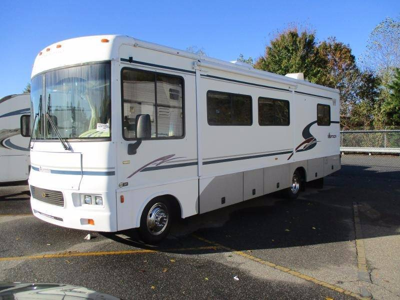 2003 Winnebago Sightseer for sale at Performance Autoworks LLC in Havelock NC