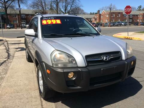 2005 Hyundai Tucson for sale at Metro Auto Exchange 2 in Linden NJ