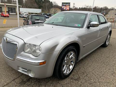 2006 Chrysler 300 for sale at G & G Auto Sales in Steubenville OH