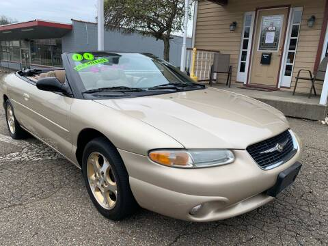 2000 Chrysler Sebring for sale at G & G Auto Sales in Steubenville OH
