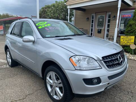 2007 Mercedes-Benz M-Class ML 350 for sale at G & G Auto Sales in Steubenville OH
