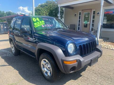 2004 Jeep Liberty for sale at G & G Auto Sales in Steubenville OH