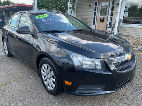 2011 Chevrolet Cruze for sale at G & G Auto Sales in Steubenville OH