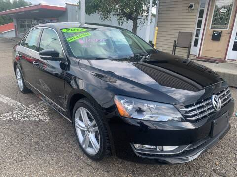 2013 Volkswagen Passat for sale at G & G Auto Sales in Steubenville OH