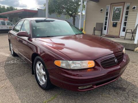 2002 Buick Regal for sale at G & G Auto Sales in Steubenville OH