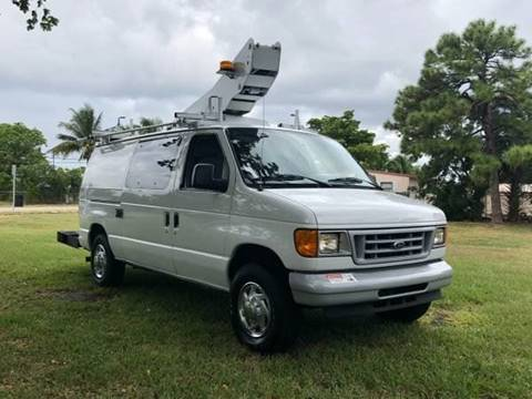 2006 Ford E-350 bucket van for sale in Fort Lauderdale, FL