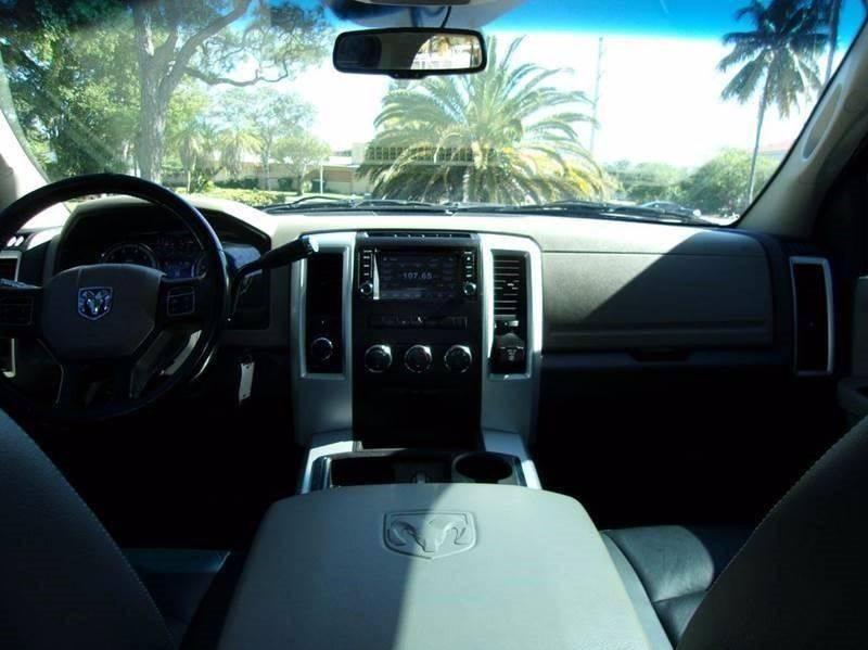 2012 RAM Ram Pickup 2500 4 Drs. Crew Cab 4x4 V8 5.7L - Fort Lauderdale FL