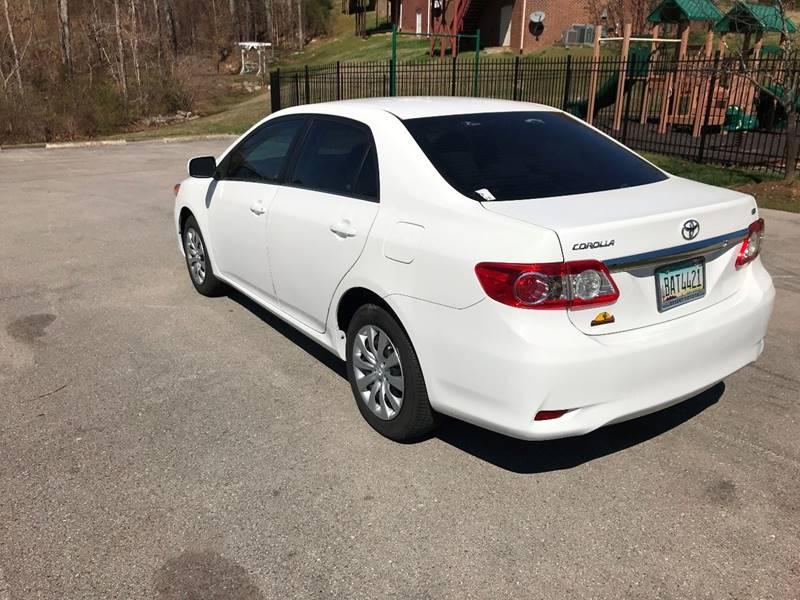 2013 Toyota Corolla LE 4dr Sedan 4A - Southaven MS