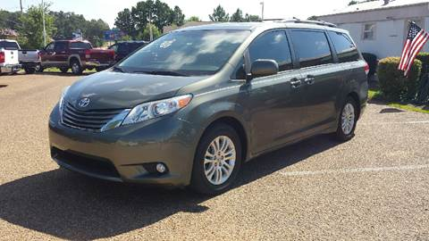 2011 Toyota Sienna for sale in Byram, MS