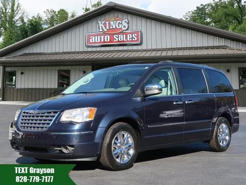 2008 Chrysler Town and Country for sale in Hendersonville, NC