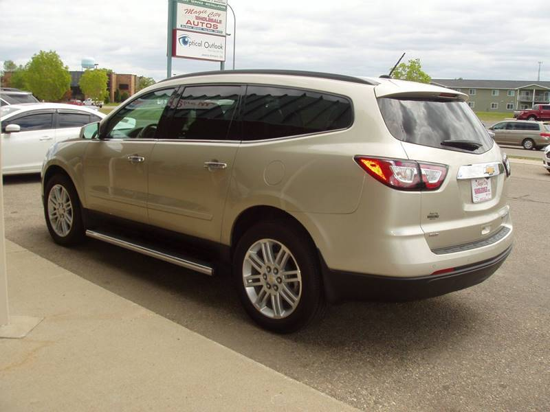 2015 Chevrolet Traverse AWD LT 4dr SUV w/1LT - Minot ND