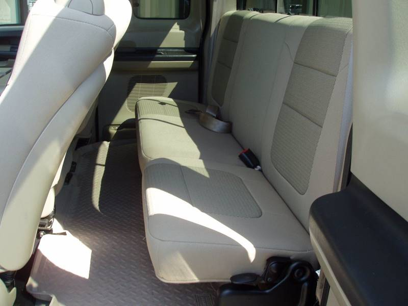 2005 Ford F-250 Super Duty 4dr SuperCab XLT 4WD SB - Minot ND