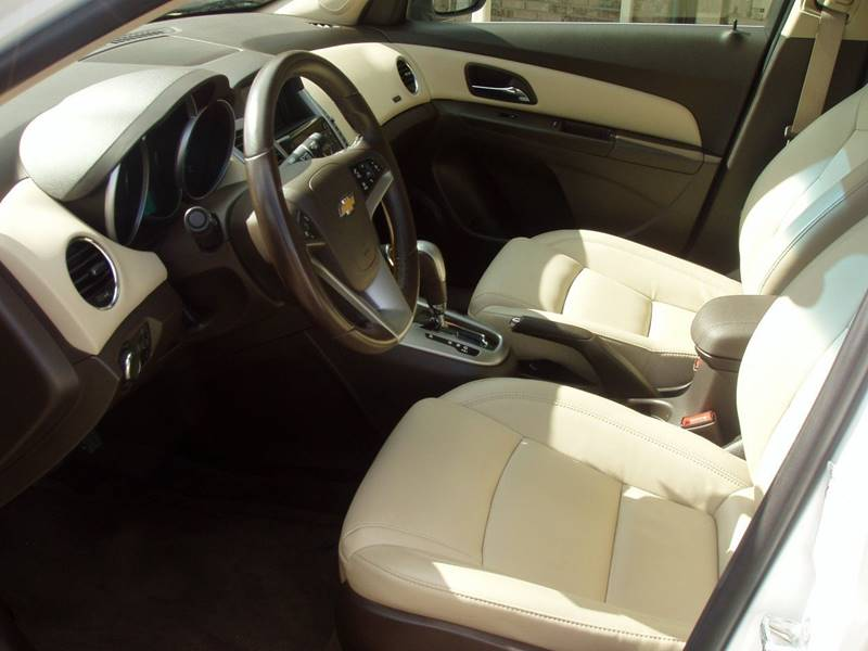 2015 Chevrolet Cruze 2LT Auto 4dr Sedan w/1SH - Minot ND