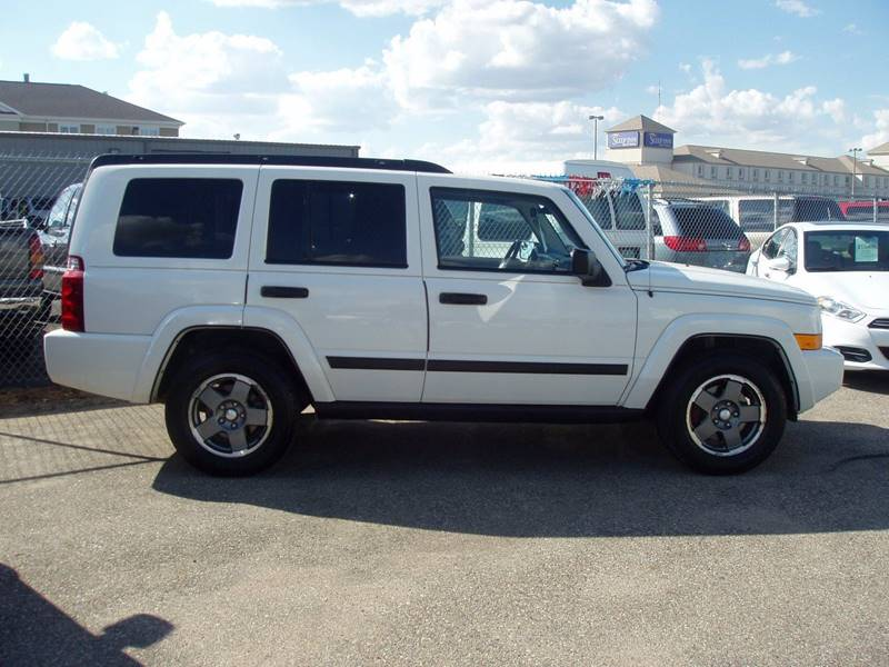 2006 Jeep Commander 4dr SUV 4WD - Minot ND