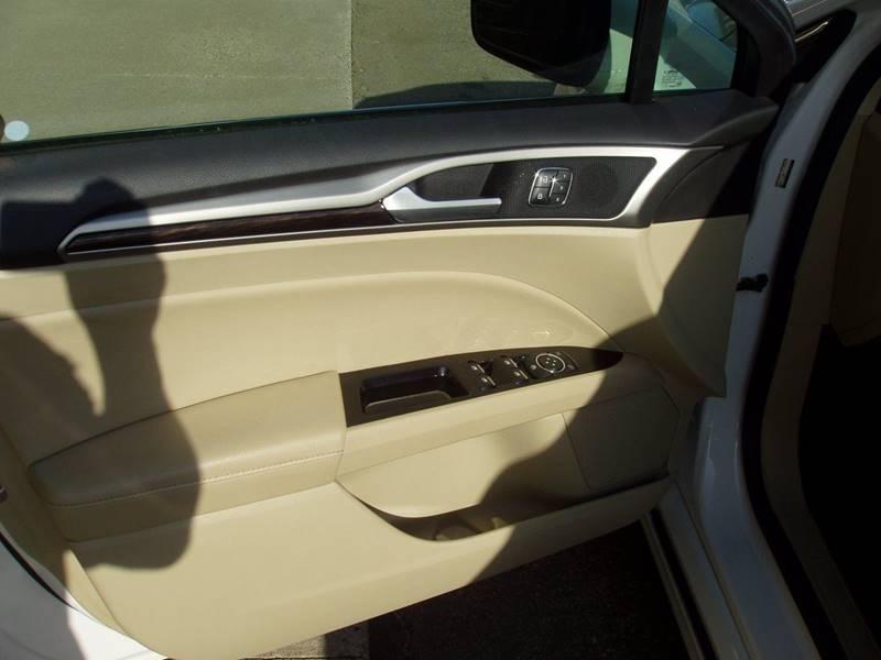 2013 Ford Fusion SE 4dr Sedan - Minot ND