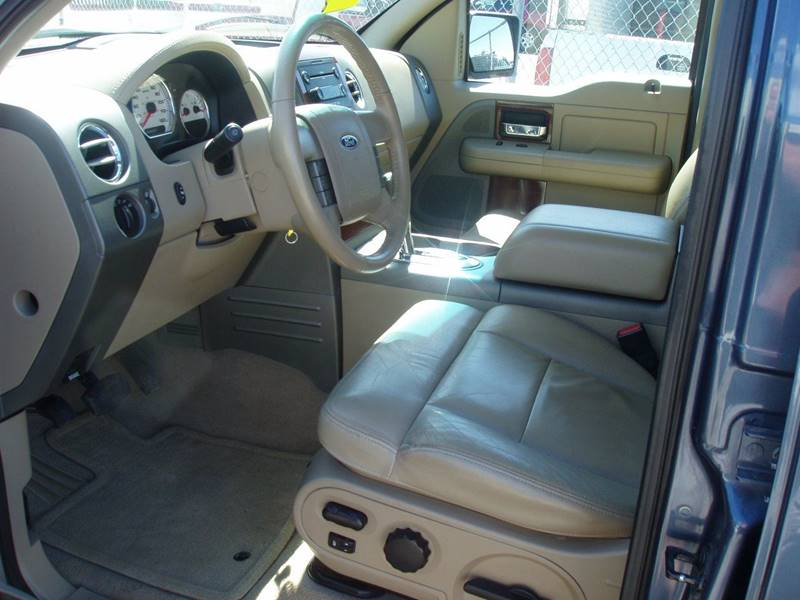 2005 Ford F-150 4dr SuperCrew Lariat 4WD Styleside 5.5 ft. SB - Minot ND