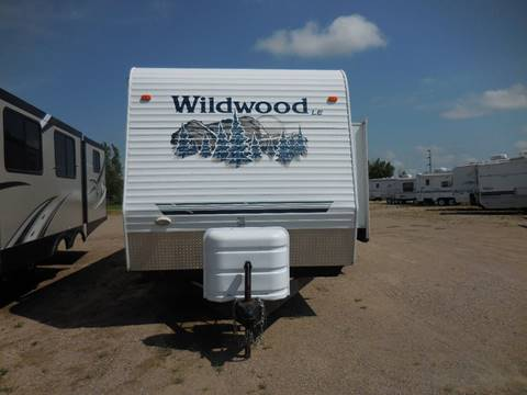 2006 Forest River Wildwood 37 BHSS for sale in Lakota, ND
