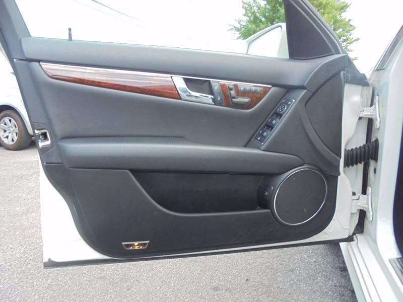 2011 Mercedes-Benz C-Class C300 Sport 4MATIC AWD 4dr Sedan - Saddle Brook NJ