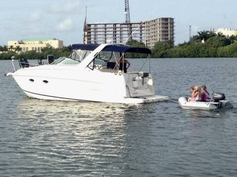 2002 Rinker Festiva Cruiser 27 ft. for sale at 1000 Cars Plus Boats - LOT 5 in Miami FL