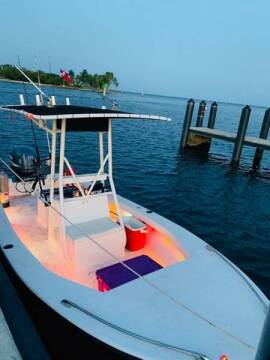 1986 Mako 19 Foot Open Fisherman for sale at 1000 Cars Plus Boats - LOT 5 in Miami FL
