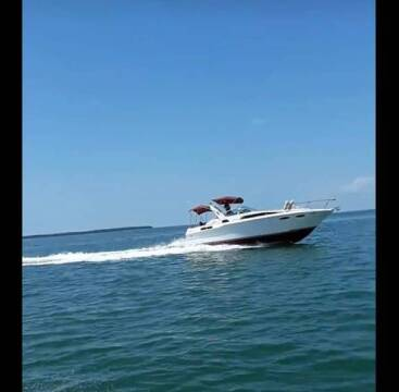 1989 Sea Ray Sundancer 30/33 Ft. for sale at 1000 Cars Plus Boats - LOT 5 in Miami FL