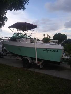 1982 Aquasport 21 Ft. Walkaround Cabin for sale at 1000 Cars Plus Boats - LOT 5 in Miami FL
