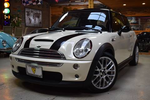 2004 MINI Cooper for sale at Chicago Cars US in Summit IL