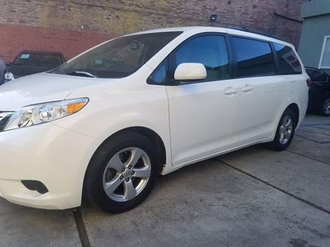 2015 Toyota Sienna for sale in Los Angeles, CA