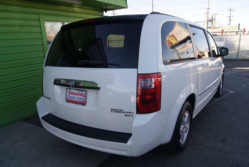 2010 Dodge Grand Caravan SXT 4dr Mini-Van - Sacramento CA