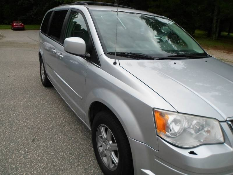 2010 Chrysler Town and Country Touring 4dr Mini-Van - Morrisville NC