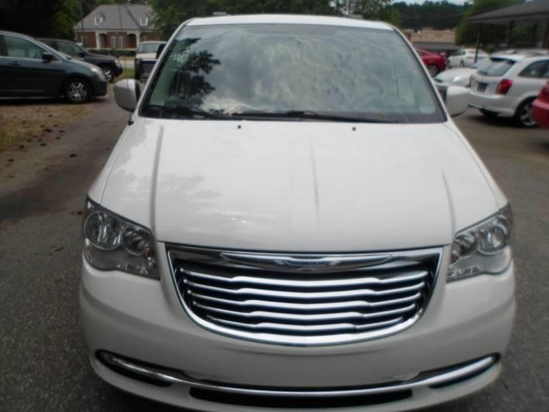 2011 Chrysler Town and Country Touring 4dr Mini-Van - Morrisville NC