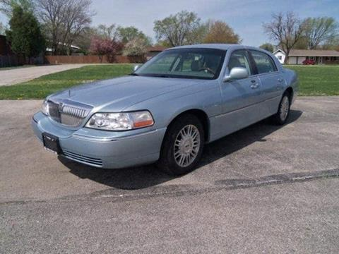 2006 Lincoln Town Car for sale in Pontiac, IL