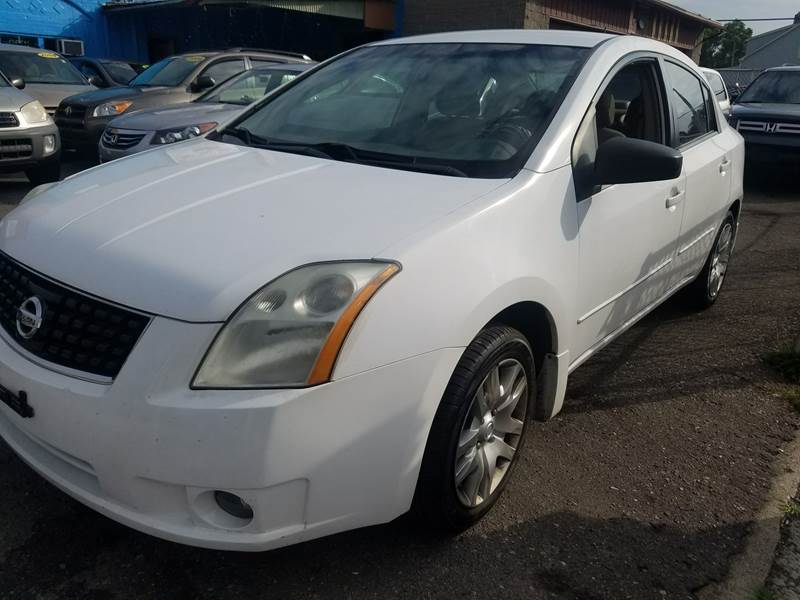 2009 Nissan Sentra for sale at The Bengal Auto Sales LLC in Hamtramck MI